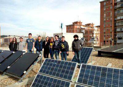 Visita al laboratorio fotovoltaico y eólico de la UVa